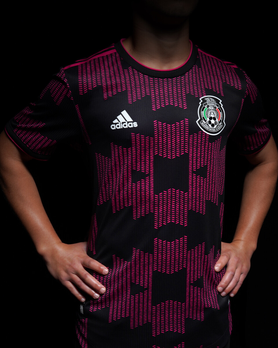 2020 Mexico Pink soccer Jersey (Player Version)