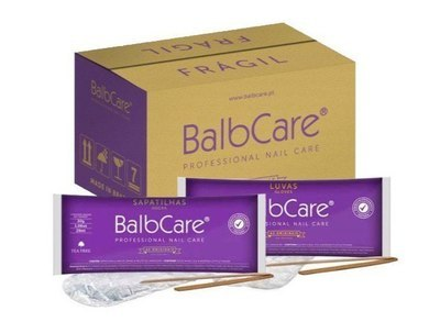 Коробка перчаток (35 уп.) и носков (35 уп.) для Бразильского маникюра и педикюра Balbcare