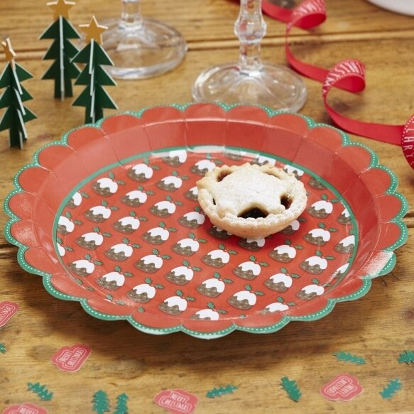 8 Christmas Pudding Paper Plates