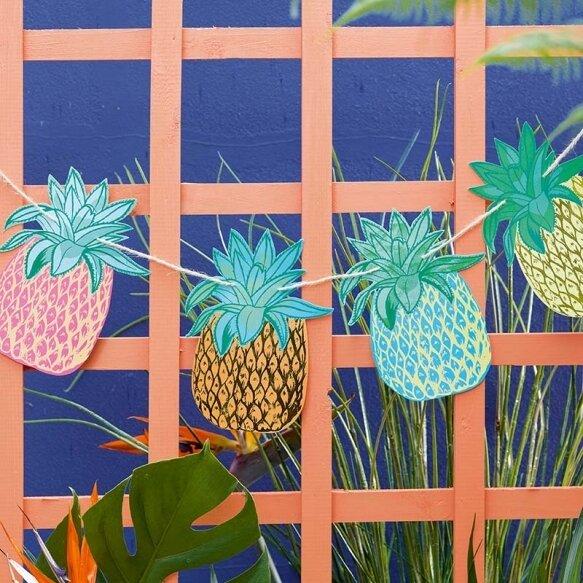 Tropical Fiesta Pineapple Bunting