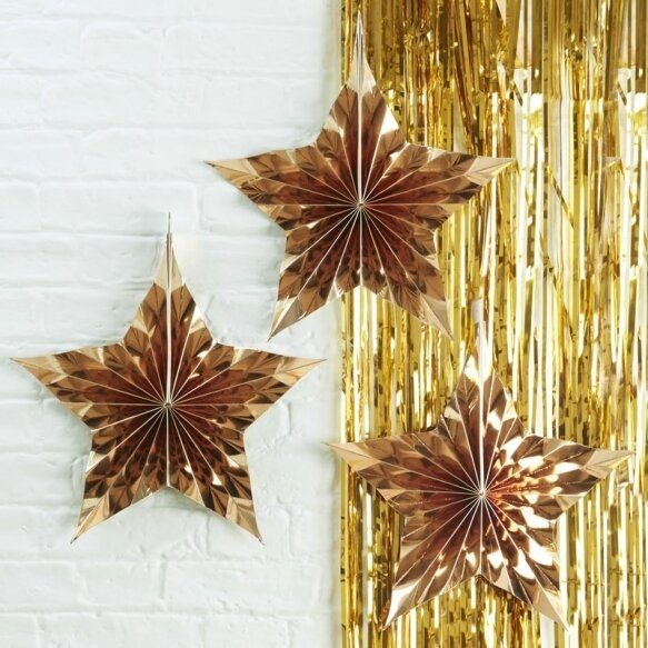 3 GOLD STAR SHAPED HANGING FAN DECORATIONS