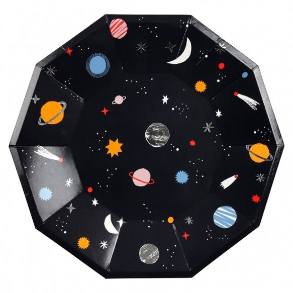 8 Large Space Plates