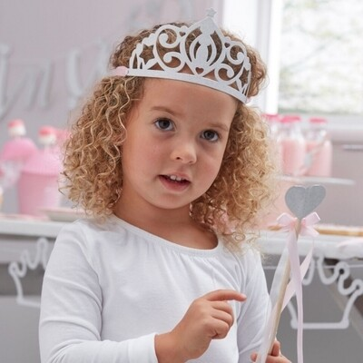 5 TIARAS PRINCESS PARTY