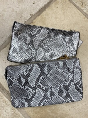 Python-print 3 compartment crossbody