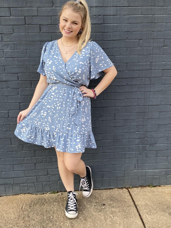 Blue Flutter Sleeve Speckled Dress