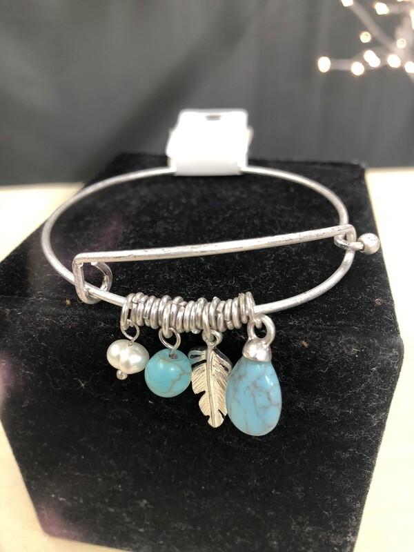 Dangle Turq Feather Bracelet