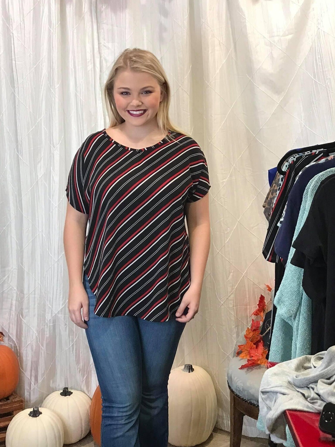 Top Black/Red Striped size Large