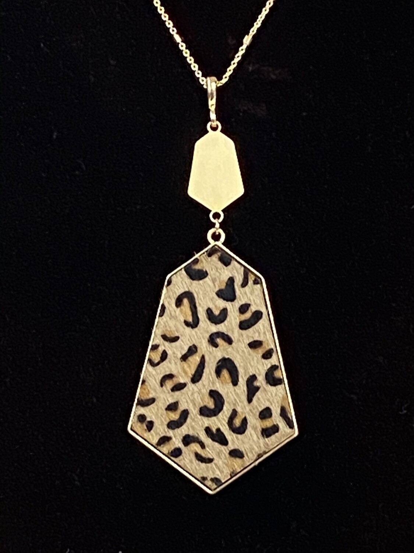 "Cheetah Print Geo Necklace 32"""