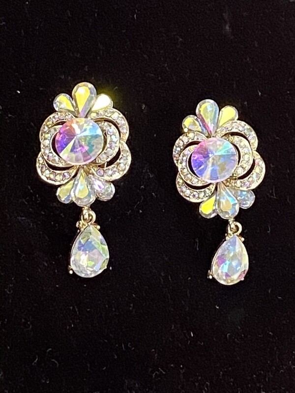 AB w/Single Dangle Stone Clip On Earrings