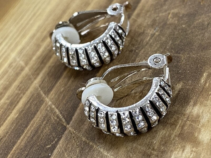Clear Stone Hoop Clip On Earrings