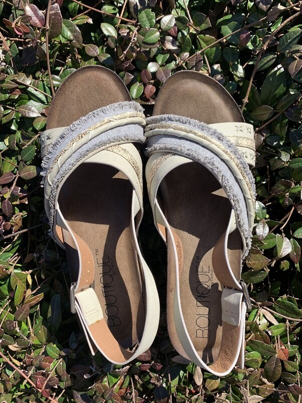 Eclipse Gray Wedges