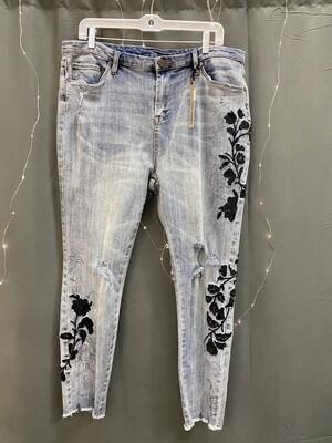 Jeans Vixen Distressed Crop