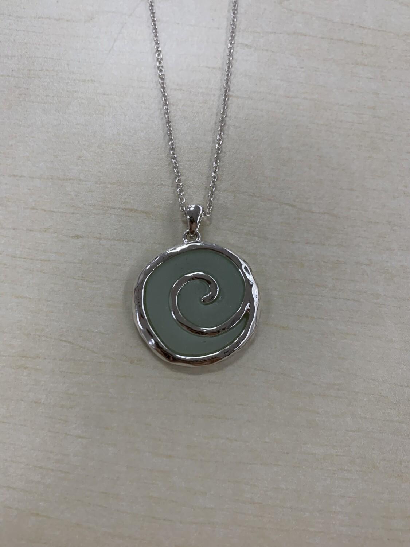 Circular Wave Necklace