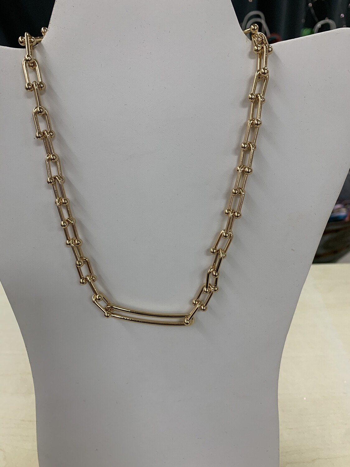 Short Metal Chain Link Necklace