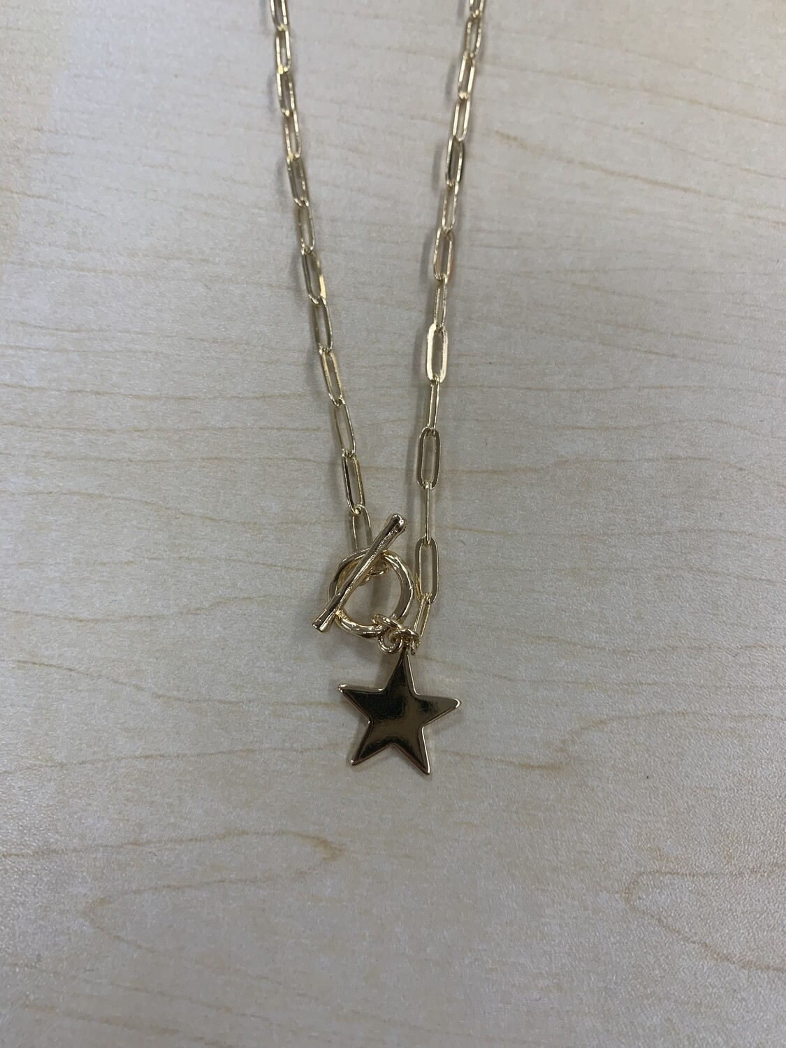 Small Toggle Chain Star Necklace