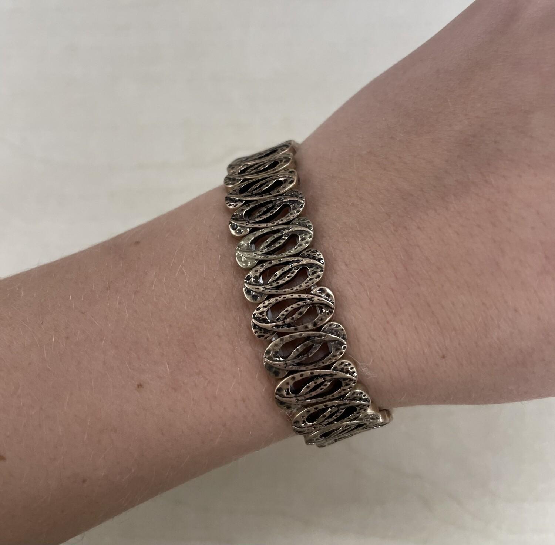 Metal Bracelet Dark Gold Swirls