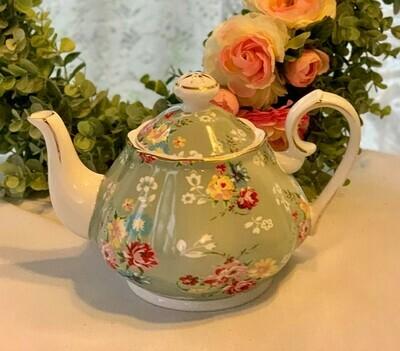Shabby Rose Green Tea Pot