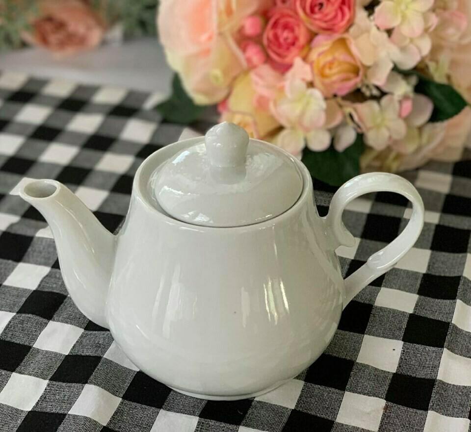 Basic White Tea Pot