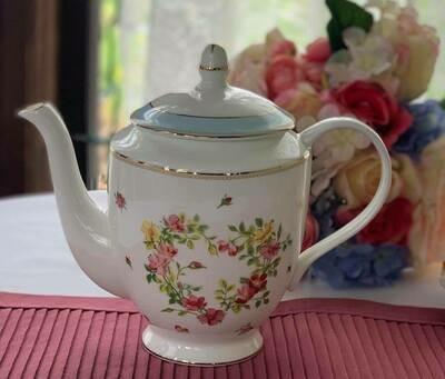 Rose Heart Tea Pot