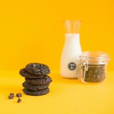 Dark Choco Chunk Cookies CHEWY & CHUNKY