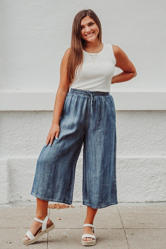 Washed Denim Crop Pants