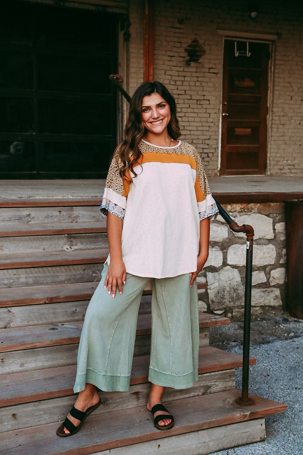 Faded Olive Wide-Leg Pant