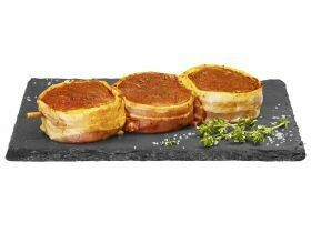 Brochettes de porc Avec du bacon