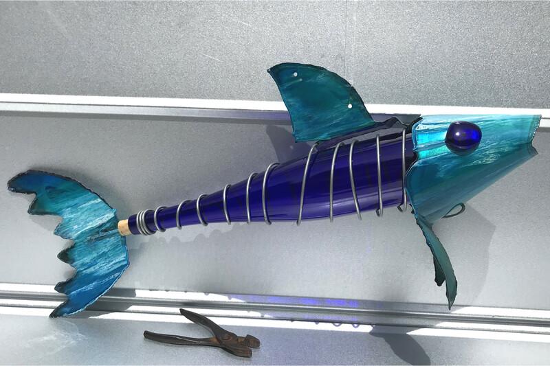 Bottle Fish (1.5L wine bottle)