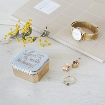 Petite boîte porcelaine love