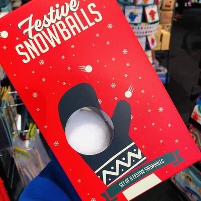 8 boules de neige pour de faux !