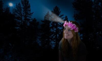Couronne de fleurs lumineuse avec lampe frontale intégrée ♥️