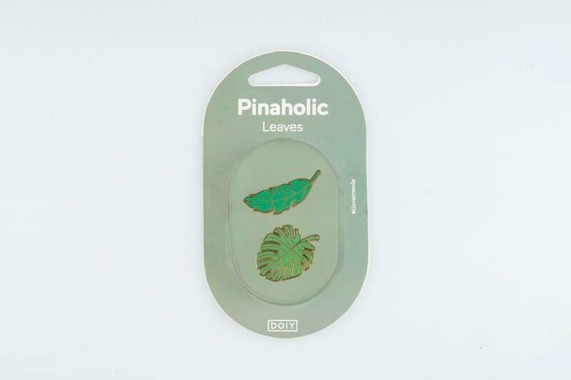 2 pin's feuilles