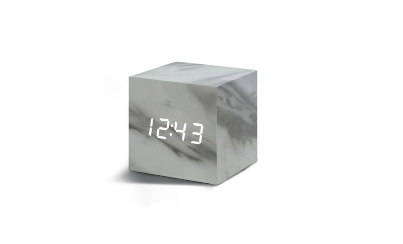 Réveil cube noir led marbre