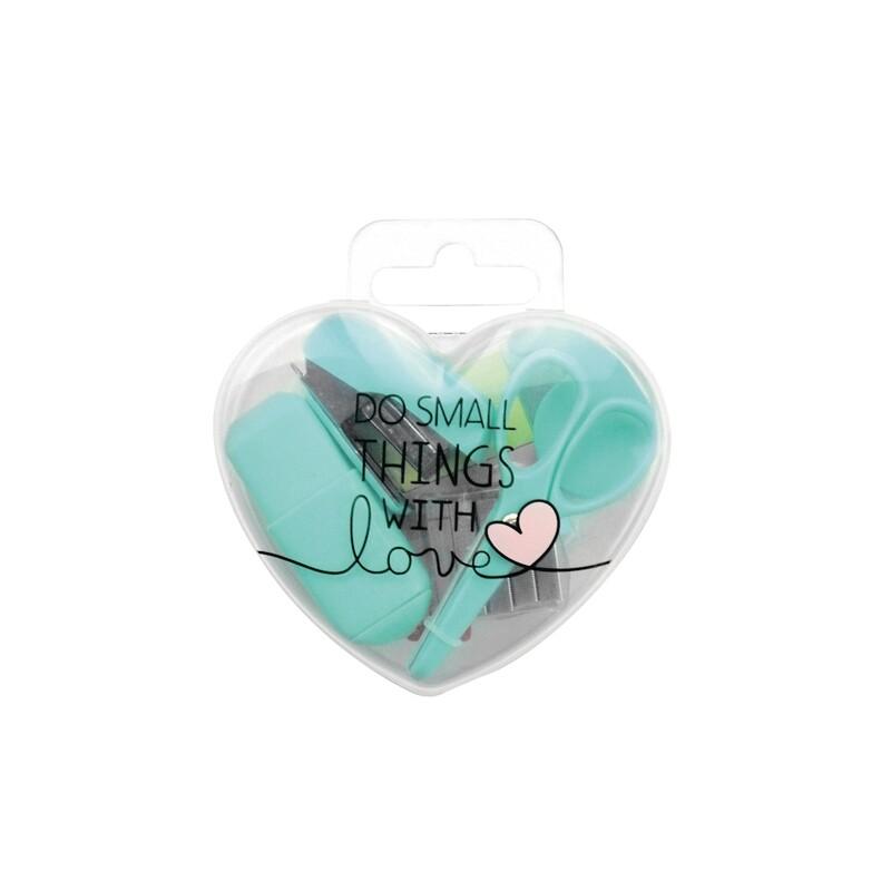 Mini set de papeterie en forme de cœur