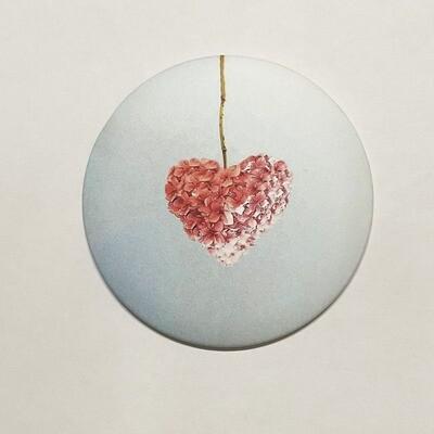 Magnet fleurs forme de cœur 7.5 cm x 7,5 cm