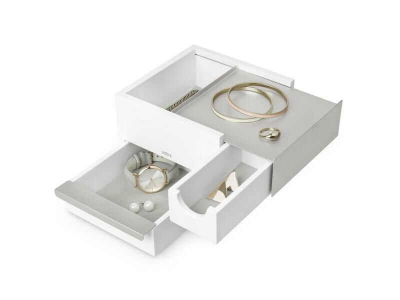 Petite boîte à bijoux pleines de compartiment blanche et grise