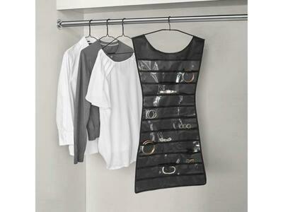 La robe rangements pour sa garde-robe ♥️
