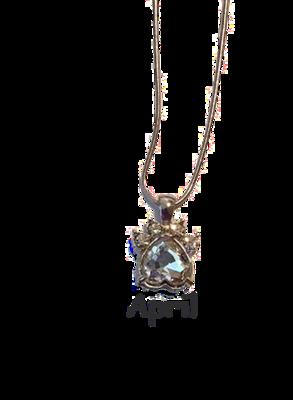 Halsband med månadssten - April