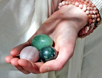 Yoni Egg YIN - Huevo Vaginal de Jade