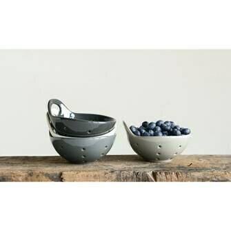Set of 4 Stoneware Berry Bowls