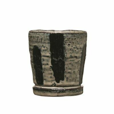 Stoneware Pot Reactice Glaze