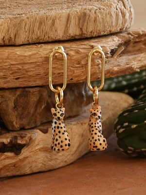 Sitting Leopard Pendant Earrings
