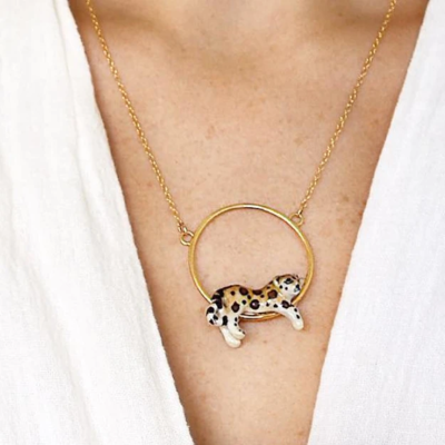Sitting Leopard Necklace