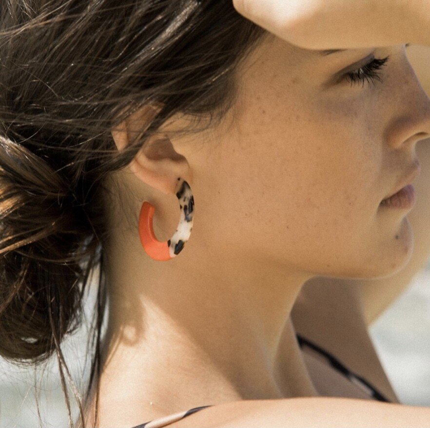 Roza Hoops in Red