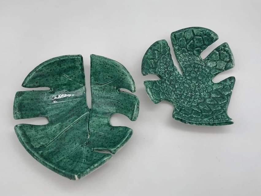 Palm Leaf Tropical Botanical Soap Dish by Quite Contrary Pottery