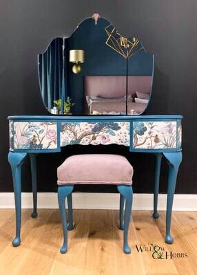 An Introduction to Chalk Paint Techniques (Annie Sloan Chalk Paint) with Andi Gregg of Willow & Hobbs 2nd October 2021