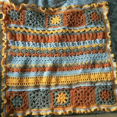 Motif sampler Baby Blanket