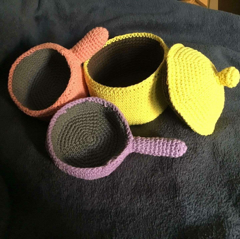 Crocheted Saucepan Set