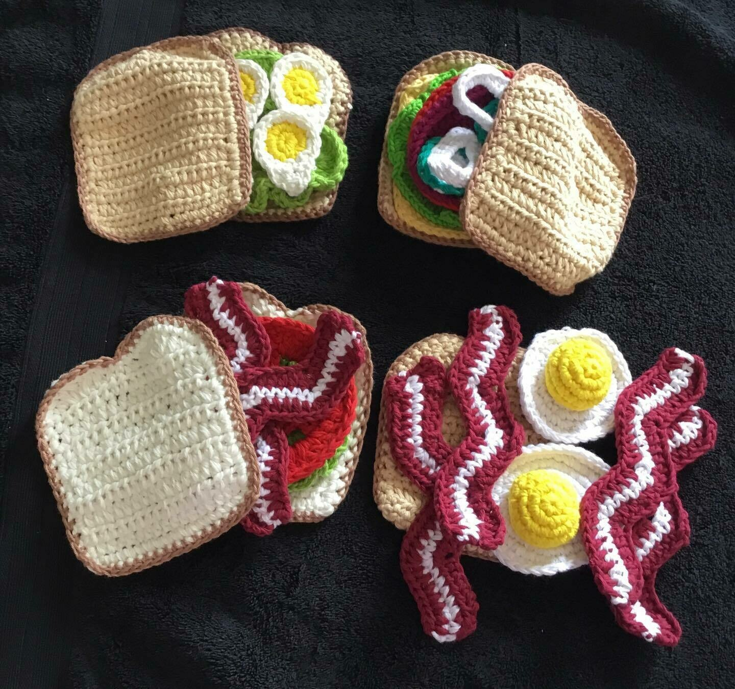 Set of 4 crocheted sandwiches