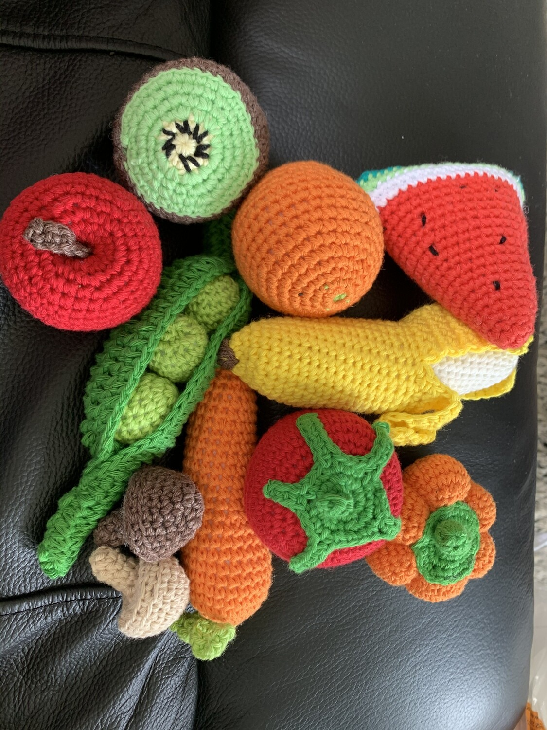Fruit and Vegetables 10 pieces + postage